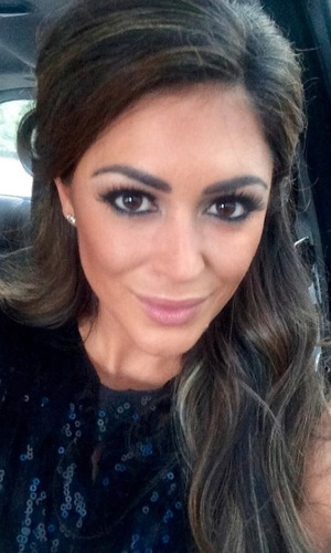 Casey Batchelor takes hair selfie and posts to Instagram, 3rd September 2015