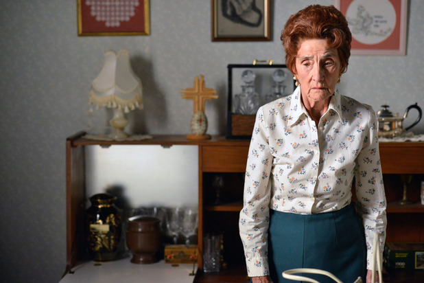 EastEnders, Dot out of prison, Mon 7 Sep