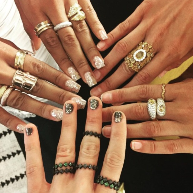 Taylor Swift, Gigi Hadid and Serayah McNeill show off their bling and sparkly nails at MTV VMAs, 30 August 2015
