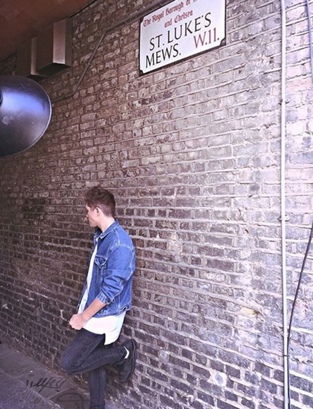 Charlie Jones shares behind the scenes picture from photoshoot 2 September 2015