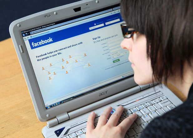 Half of Brits lie about their relationship status online