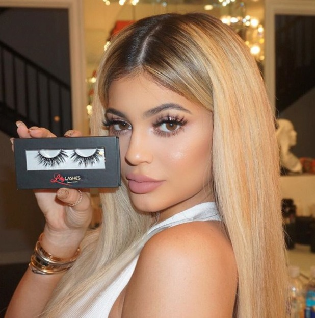 Kylie Jenner shows off secret to her lush lashes, Lilly Lashes 3D Mink lashes in Miami