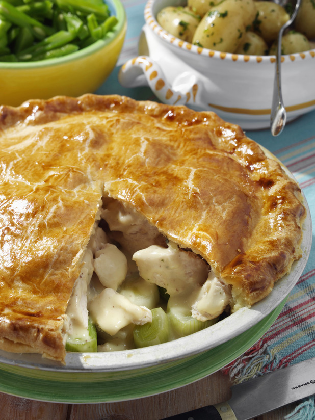 """""""Pie-do"""" - pastry-mad couple had their honeymoon in a pie factory"""