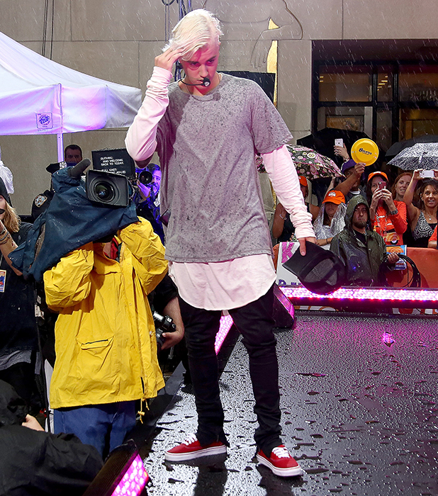 Justin Bieber performs on NBC's 'Today' at Rockefeller Plaza on September 10, 2015 in New York City. (Photo by Paul Zimmerman/WireImage)