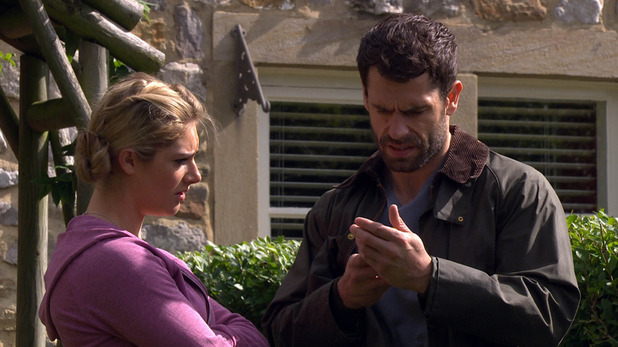 Emmerdale, Andy finds Aaron's number, Mon 21 Sep