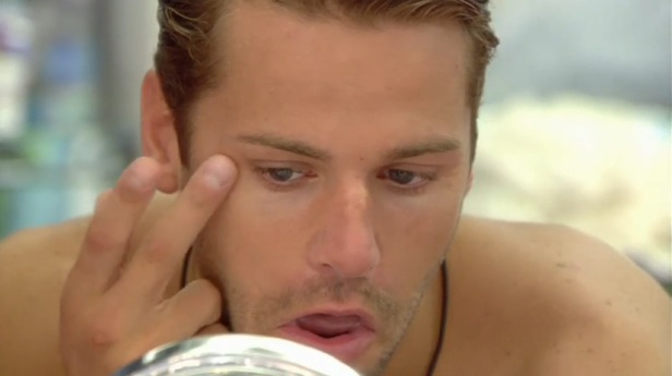 Celebrity Big Brother: James gets beauty advice from Janice - 14 September 2015.