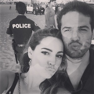 Kelly Brook and Jeremy Parisi at the beach, LA 20 September