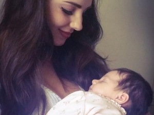 Jaime-Leigh Paley and baby Elyssia 23 September