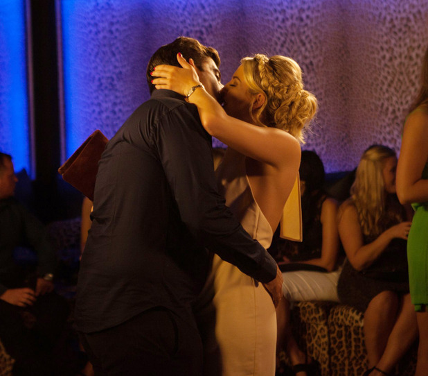 Lydia Bright and James Arg Argent kiss in Marbella 25 September