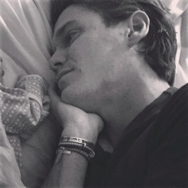 Fearne Cotton shares snap of husband Jesse Wood with their newborn daughter Honey, 4 October 2015.