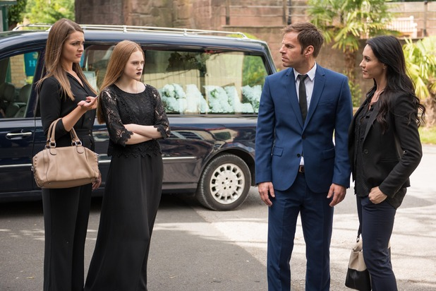 Hollyoaks, Carly's funeral, Thu 8 Oct