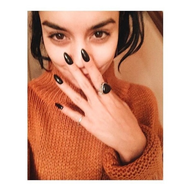 Vanessa Hudgens shares sweater clad selfie to Instagram 8th October 2015