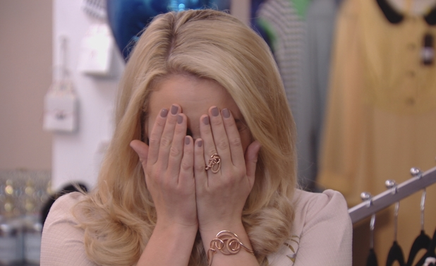 Lydia Bright cries over boyfriend Arg, TOWIE 21 October