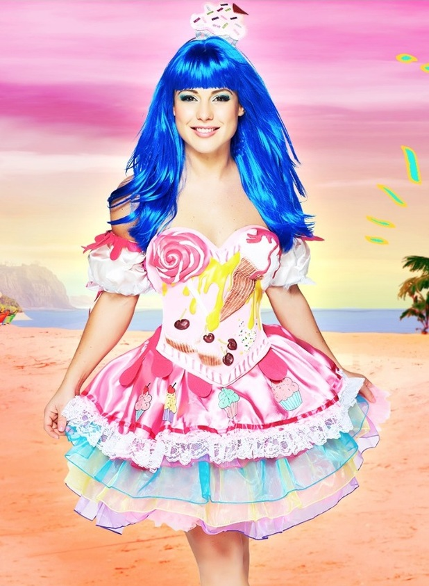 Louise Thompson dresses as Katy Perry for Just Dance campaign. 23 October 2015.