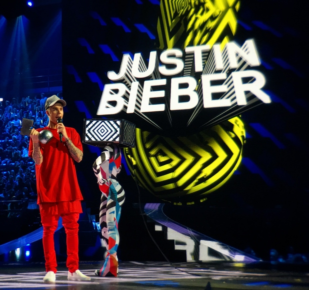 Justin Bieber receives the 'Best Look' awards at MTV EMA's 2015 in Milan, Italy - 25th October 2015