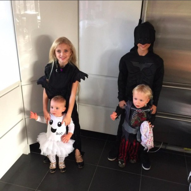 Katie Price shares photo of Halloween fun with her family, 31 October 2015.