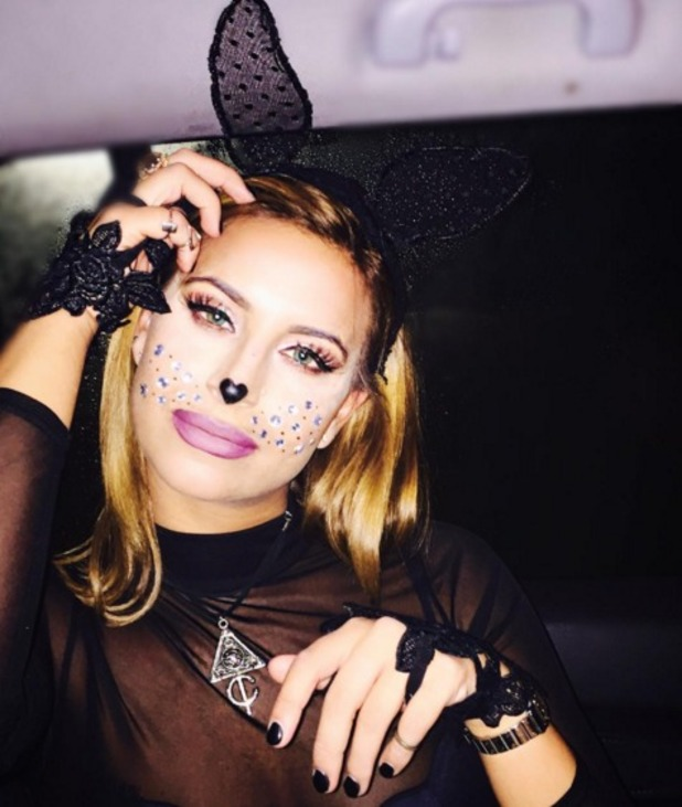 Sexy Cat Makeup For Halloween Ferne McCann glams up ...
