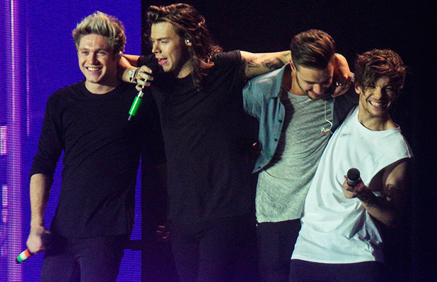 One Direction perform last concert in Sheffield before hiatus 31 Oct 2015