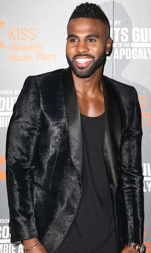 Jason Derulo performs at Kiss Haunted House party 30 October