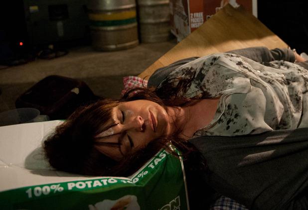 Emmerdale, Chas unconscious, Thu 5 Nov