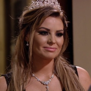 TOWIE series finale: Jessica Wright and Pete Wicks sort out their differences. 12 November 2015.