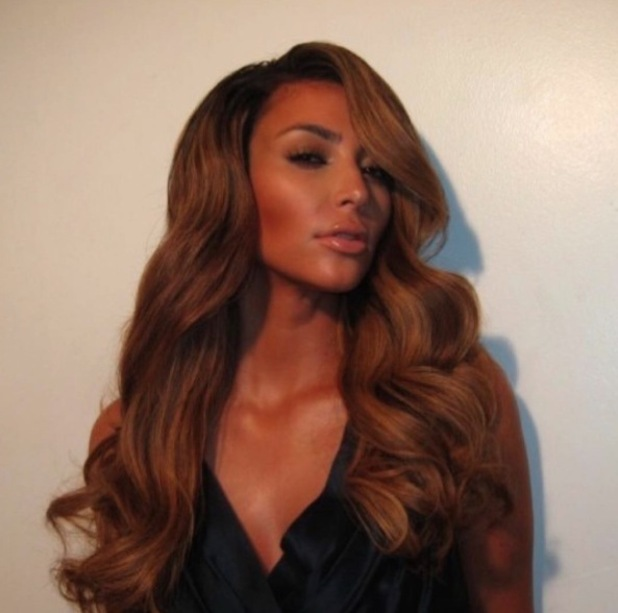 Kim Kardashian shares throwback pictures of her favourite hairstyles, Hollywood waves 13th November 2015