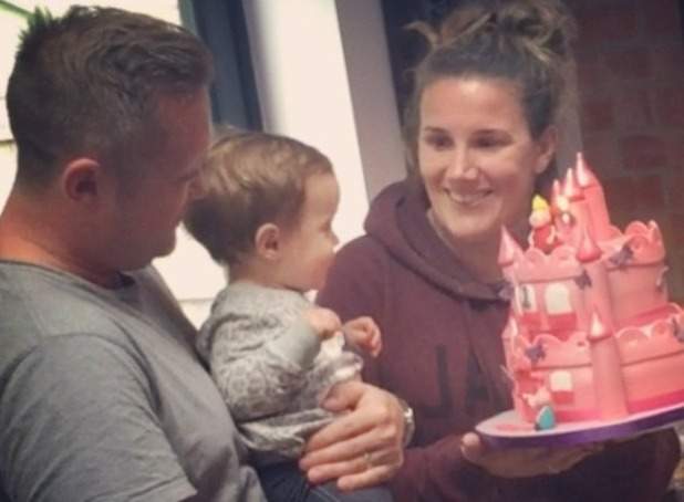 Sam Bailey's daughter celebrates first birthday with Peppa Pig cake - uploaded 27 Nov 2015