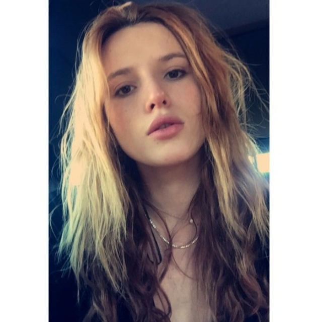 Bella Thorne shows off natural beauty in no make-up selfie - Beauty ...