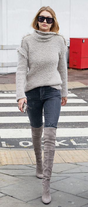 Gigi Hadid arrives in London, 30th November 2015
