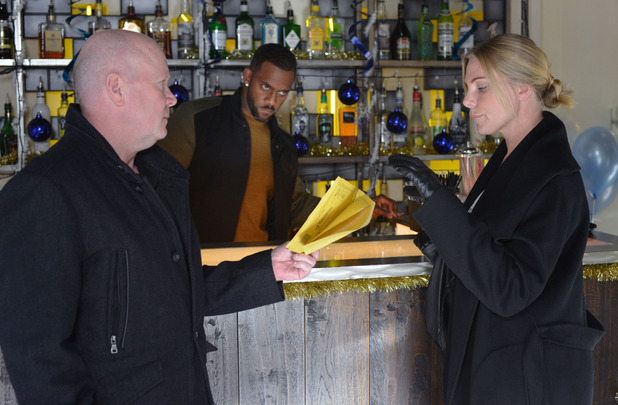 EastEnders, Ronnie sets up Phil, Tue 8 Dec