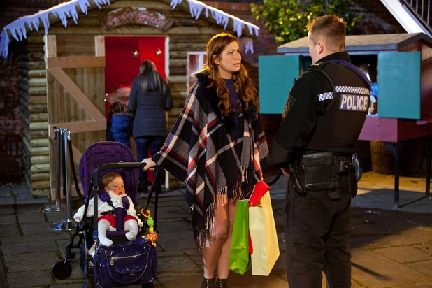 Hollyoaks, Jason questions Maxine, Wed 9 Dec