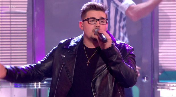 Che Chesterman performing 'Valerie' on the final of 'The X Factor' - 12 December.
