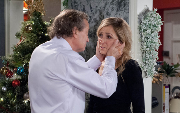 Emmerdale, Ashley tells Laurel about his dementia, Mon 21 Dec