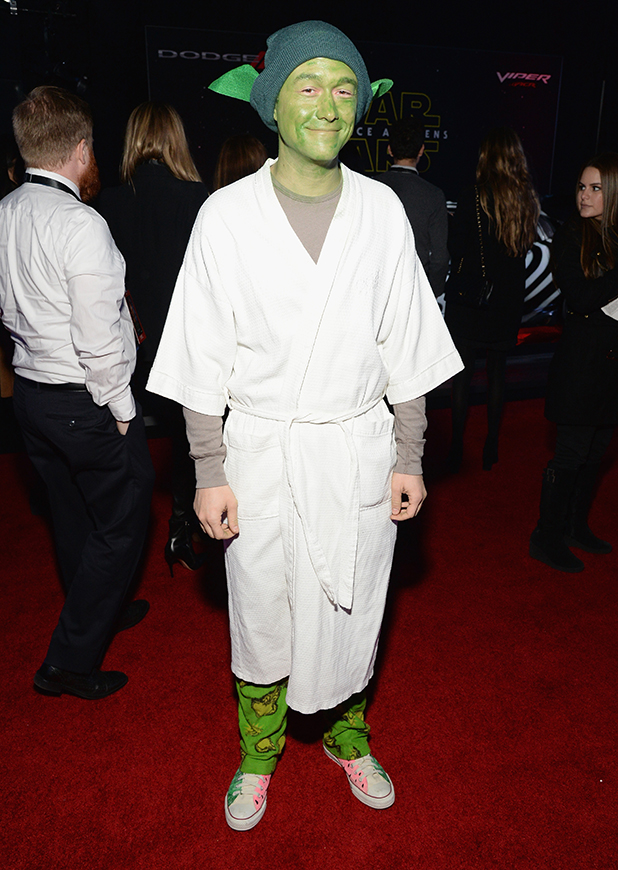 Joseph Gordon-Levitt arrives at the premiere of Walt Disney Pictures' and Lucasfilm's 'Star Wars: The Force Awakens', sponsored by Dodge, at the Dolby Theatre, TCL Chinese Theatre and El Capitan Theatre on December 14, 2015 in Hollywood, California. (Photo by Michael Kovac/Getty Images for Dodge)