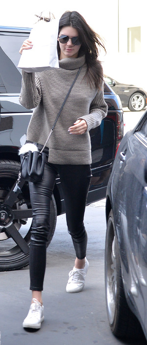 Kendall Jenner emerges form skincare clinic in Los Angeles, 20th December 2015