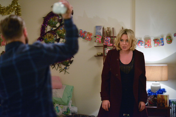 EastEnders, Dean lashes out at Roxy, Sat 26 Dec