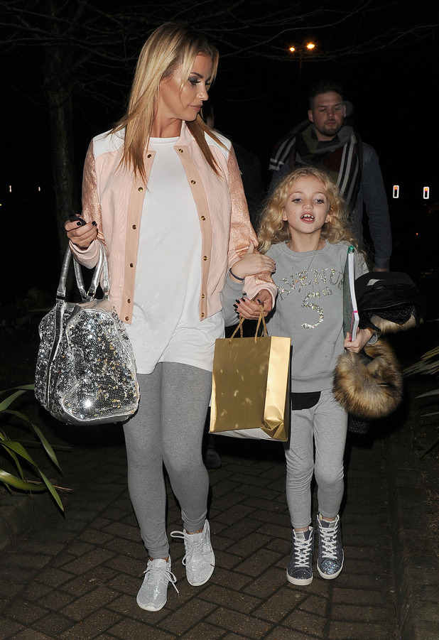 Katie Price leaves the New Victoria Theatre in Woking - 21 December 2015.