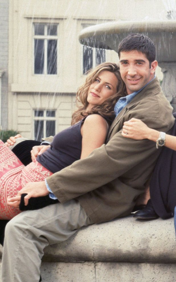Iconic celebrity couples - Ross and Rachel