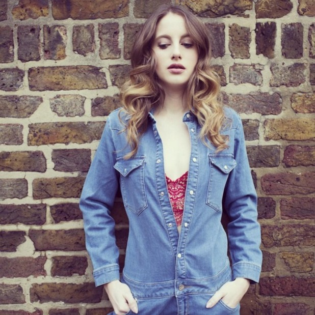 Rosie Fortescue rocks denim boilersuit on her fashion blog, www.atfashionforte.com, 30 December 2015