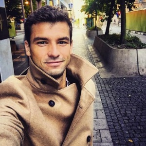 Grigor Dimitrov taking selfie, November 2015.