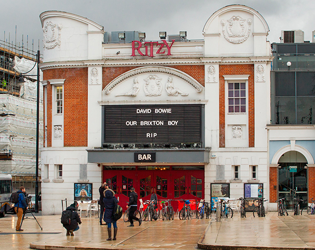 The Ritzy Cinema in Brixton pays tribute to local hero David Bowie 11 Jan 2016