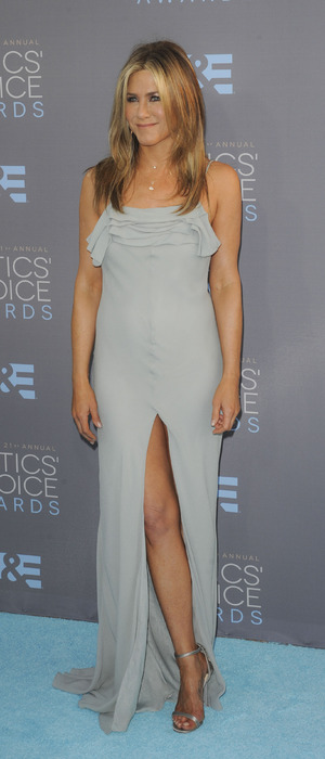 Jennifer Aniston wears blue gown on blue carpet at The People's Choice Awards in Los Angeles, 18th January 2016