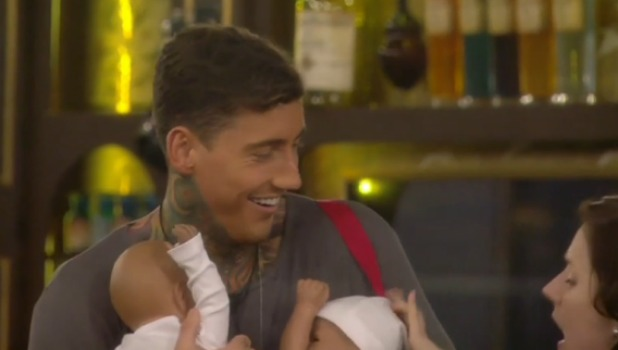 CBB Day 16: Jeremy becomes a dad for the Just Go Along With It task 21 January 2016