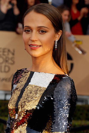 Alicia Vikander attends the 22nd Annual Screen Actors Guild Awards at The Shrine Auditorium on January 30, 2016 in Los Angeles, California