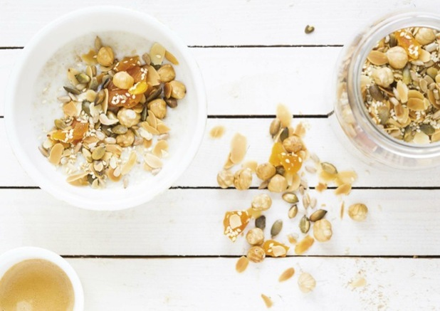 Seed and Nut porridge image from Quaker Oats to accompany recipe