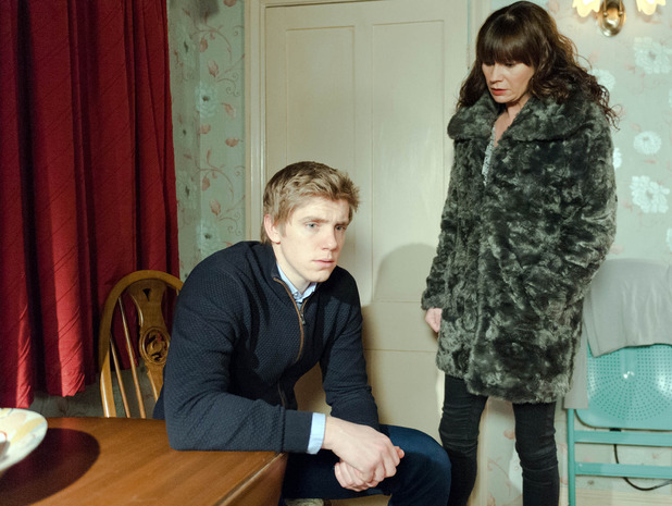 Emmerdale, Chas confronts Robert, Tue 2 Feb