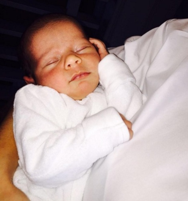 Sam Faiers shares new photo of baby Paul to Instagram 2 February