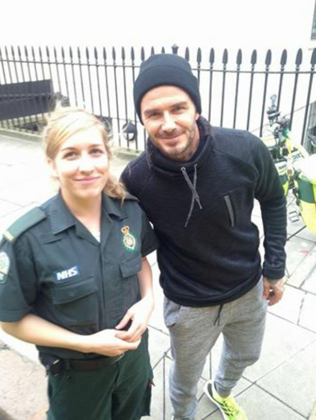 David Beckham with paramedic Anna Thornton after buying tea and coffee, 02.02.16