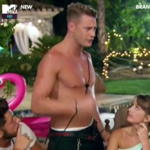 Ex on the Beach: Scotty T tries to escape Nancy after argument Episode 4, 9 February 2016