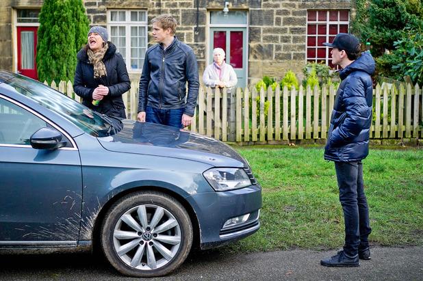 Emmerdale, Robert and Chas unite against Gordon, Mon 22 FEb